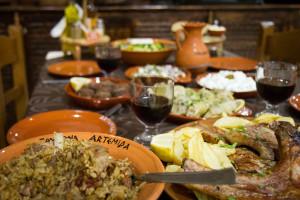 Παραδοσιακά Μαγειρευτά Φαγητά